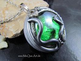 Mittelalter Talisman mit grünem Stein Magisch