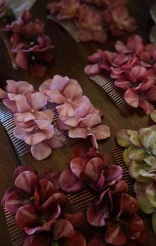 Vintage Inspired Flower Hair Comb - Hortensia