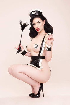 Bettie Page Feather Tickler