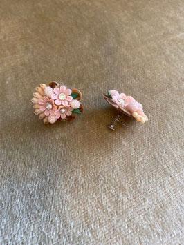 True Vintage Earrings - Clips Vintage Rose