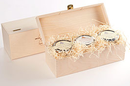 Wooden gift box for 3 jars of any type and size.