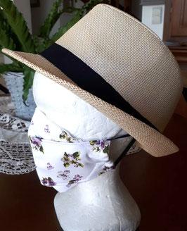 Masque japonnais à plis violettes