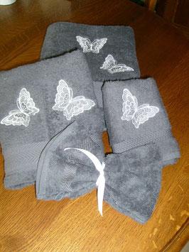 """Linge de toilette """"envolée de papillons"""""""