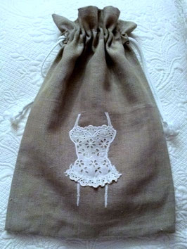 Sac lingerie lin et linge ancien