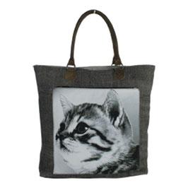 Kitten shopper canvas