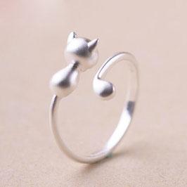 Ring Cat hug