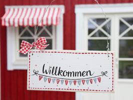 """Holzschild  """"Lotte"""" - *Willkommen* - mit fröhlichen Wimpeln"""
