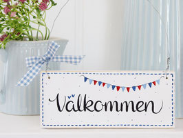 """Holzschild """"Välkommen"""" - weiß/blau, mit Wimpelkette, im skandinavischen Landhausstil"""