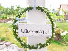 """Blütenkranz """"Amelia"""" - mit Holzschild """"Willkommen"""" - (weiße Blüten)"""