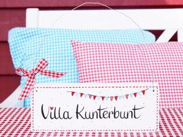 """Holzschild """"Villa Kunterbunt"""" - weiß/rot, mit Wimpelkette, im skandinavischen Landhausstil"""
