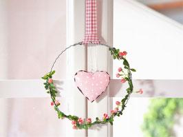 "Blütenkranz ""Julika"" - mit Metallherz rosa"