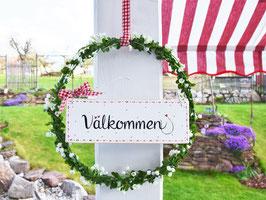 """Blütenkranz """"Wanda"""" - mit Holzschild """"Välkommen"""" - reserviert für Sylvia"""