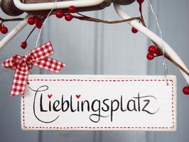 """Holzschild """"Tjelle"""" - *Lieblingsplatz* - im skandinavischen Landhausstil"""
