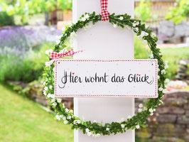 """Blütenkranz """"Jonna"""" - mit Holzschild """"Hier wohnt das Glück"""""""