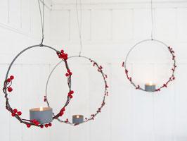 """Teelicht-Kerzenring """"Mira"""" - Metall grau-anthrazit mit Beerengirlande - in 3 verschiedenen Größen"""