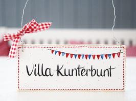 """Holzschild """"Villa Kunterunt"""" - weiß, mit Wimpelkette, im skandinavischen Landhausstil"""
