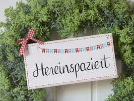 """Holzschild  """"Britta"""" - *Hereinspaziert* - im skandinavischen Landhausstil"""