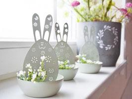 """Osterhasen-Schale  """"Lennie"""" mit 2 künstlichen Blütenästchen"""