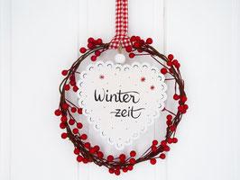 """Beerenkranz mit Holzherz  """"Emely"""" - Winterzeit"""