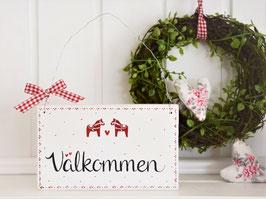 """Holzschild  """"Elvin"""" -  """"Välkommen"""" , weiß, mit kleinen Dalarna-Pferdchen, im schwedischen Landhausstil"""