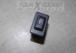 Pulsante interruttore dispositivo antiappannante lunotto (spanna lunotto) Mitsubishi Pajero 2