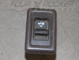Tasto pulsante interruttore lunotto Nissan Terrano 1 ' Serie