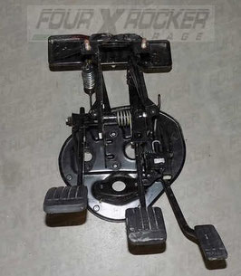 Pedaliera pedale frizione - freno - acceleratore SKB103470 Range Rover 2 P38 cambio manuale