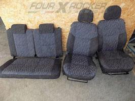Tappezzeria sedili anteriori + posteriori Mitsubishi Pajero Pinin 3p  / FXR-02