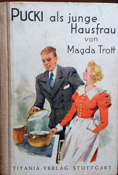 Pucki  als Junge Hausfrau