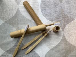 Brosse à dents et/ou étui bambou