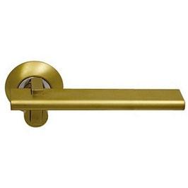 Комплект дверных ручек Sillur 133 S.GOLD / P.GOLD