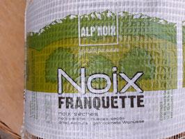 Walnüsse in der Schale, Frankreich, Sorte Franquette, Ernte 2020, Sortierung 26-28 mm