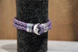 Fliederfarbenes Lederband, doppelreihig mit Anker als Knebelverschluss