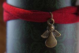 Schutzengel aus Antikmessing und Jersey als Armband