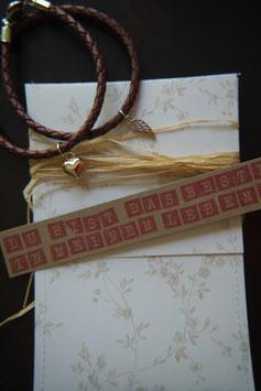 Du bist das Beste in meinem Leben - Armband mit braunem Leder und rosafarbenen Anhängern