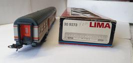 voiture voyageur de la marque LIMA Réf : 309273
