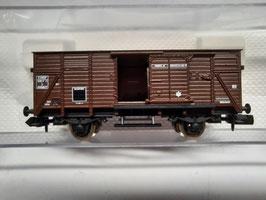 wagon couvert porte coulissante  N 1/160 Réf : 836302 FLESIHMANN