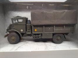 camion Chevrolet bâche armée HO 1/87 REE Réf: AB-022