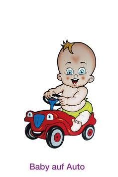 Baby auf Auto