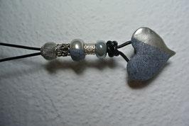 Halskette Herz (Steinoptik mit Silber-Chrom)