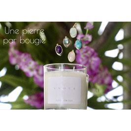 Bougie parfumée violette 130g