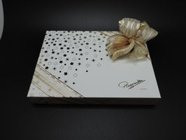 Pralinenschachteln in Weihnachtsverpackung