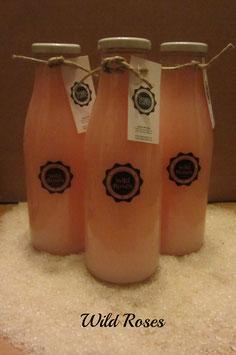 Badeschaum Wild Rose in dekorativer Flasche