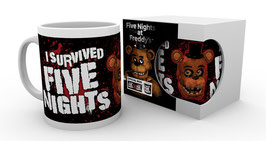 "TAZA FIVE NIGHTS AT FREDDY'S (LETRAS ""I SURVIVED"")"
