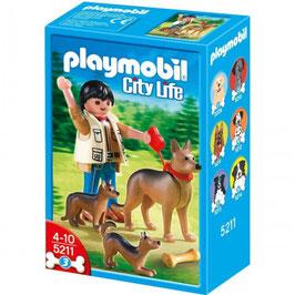 PLAYMOBIL FIGURA + PERRO 5211
