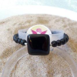 Obsidienne noire, bracelet perles   + perle carré