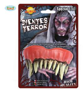 Dentiera mostruosa