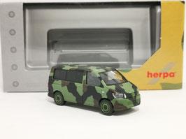 "HERPA 700702 VW T6 Bus Flecktarn ""Bundeswehr"""