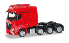 HERPA 304368  003  ACTROS ROT  4 ACHSEN