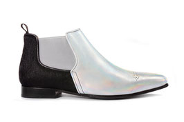Silver Cross Boot - 4176